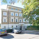 2 bedroom apartment in Lewisham Way, London, SE4
