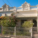3 bedroom house in Carlton North