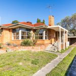 3 bedroom house in   Box Hill North
