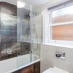 3 bedroom apartment in Ealing Green