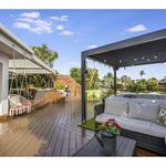 3 bedroom house in Broadbeach Waters