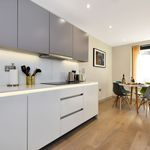 2 bedroom apartment of 99 m² in London