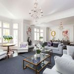 4 bedroom apartment of 273 m² in London