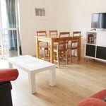 Room of 100 m² in Sevilla