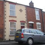2 bedroom apartment in    Lincoln