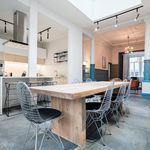 Room of 300 m² in Charleroi