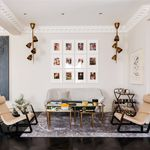 6 bedroom house of 883 m² in London
