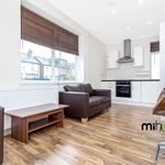 2 bedroom apartment in friern park