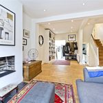3 bedroom house of 131 m² in London