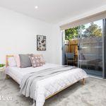 2 bedroom apartment in St Kilda East