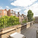 7 bedroom house of 411 m² in London