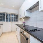 2 bedroom apartment of 710 m² in  London