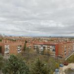 2 bedroom apartment of 70 m² in Madrid
