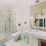 3 bedroom apartment of 183 m² in London