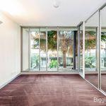 2 bedroom apartment in Port Melbourne