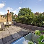1 bedroom house of 85 m² in London