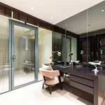 4 bedroom apartment of 345 m² in London