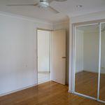 4 bedroom house in Helensvale