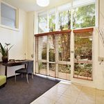 1 bedroom apartment in St Kilda
