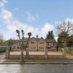 6 bedroom house in Parkside Gardens