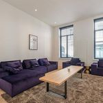 2 bedroom apartment of 162 m² in Brussels