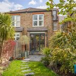 4 bedroom house in Finchley