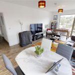 2 bedroom apartment in Walnut Tree Close
