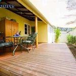 3 bedroom house of 362 m² in Carey-Park