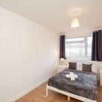4 bedroom apartment of 81 m² in London