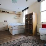 3 bedroom student apartment in London
