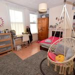 6 bedroom house in London