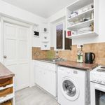 2 bedroom apartment in Mill Hill Road