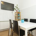 Room of 180 m² in Madrid