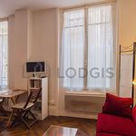 Studio de 30 m² à Paris