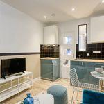2 bedroom apartment of 21 m² in Paris
