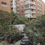Room of 160 m² in Madrid