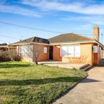 3 bedroom house in Avondale Heights