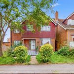 4 bedroom house in Middlesex