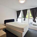 6 bedroom house in Uxbridge