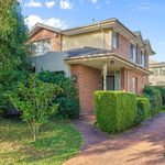 4 bedroom house in Mount Waverley