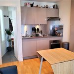 2 bedroom apartment of 28 m² in Paris